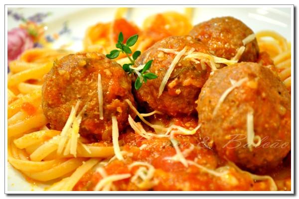 receita almondegas molho tomate calabresa Meatballs